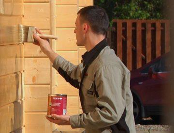Строительство домов из бруса: зачем нужен акриловый состав?